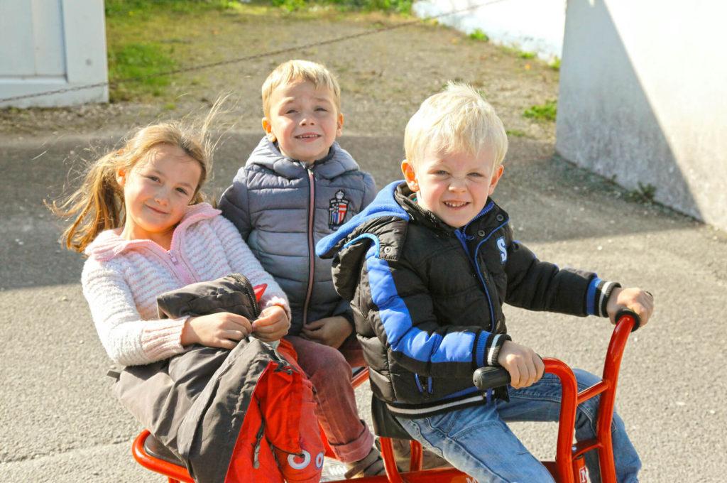 Cours récréation école maternelle primaire élémentaire éducation enseignement épanouissement élèves Saint Joseph du Pilier Rouge Brest