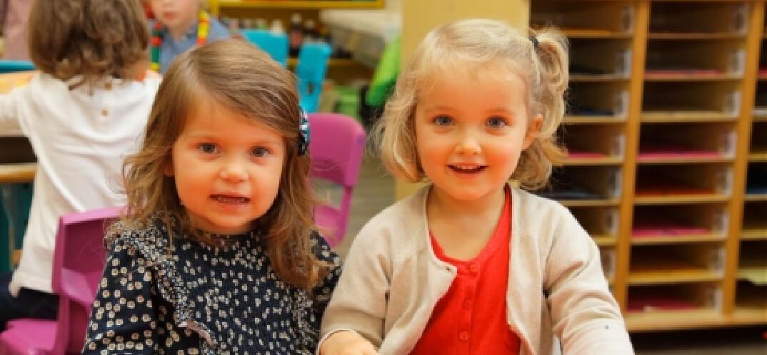 petites filles école maternelle primaire élémentaire éducation enseignement épanouissement élèves Immaculée Conception Brest