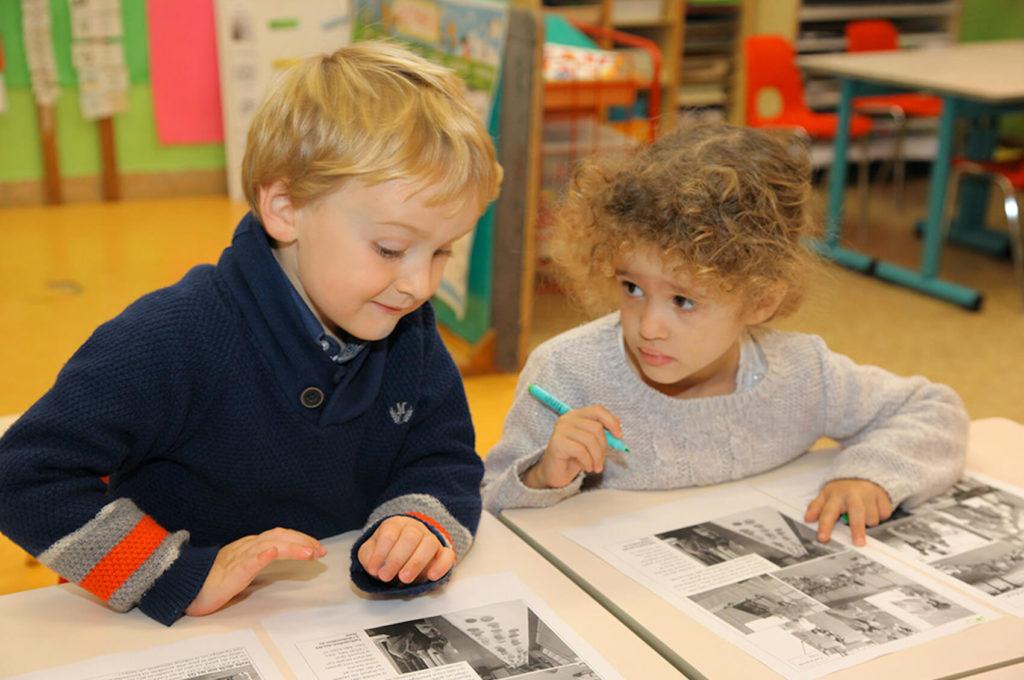 Enfants dessin lecture école maternelle primaire élémentaire éducation enseignement épanouissement élèves Immaculée Conception Brest
