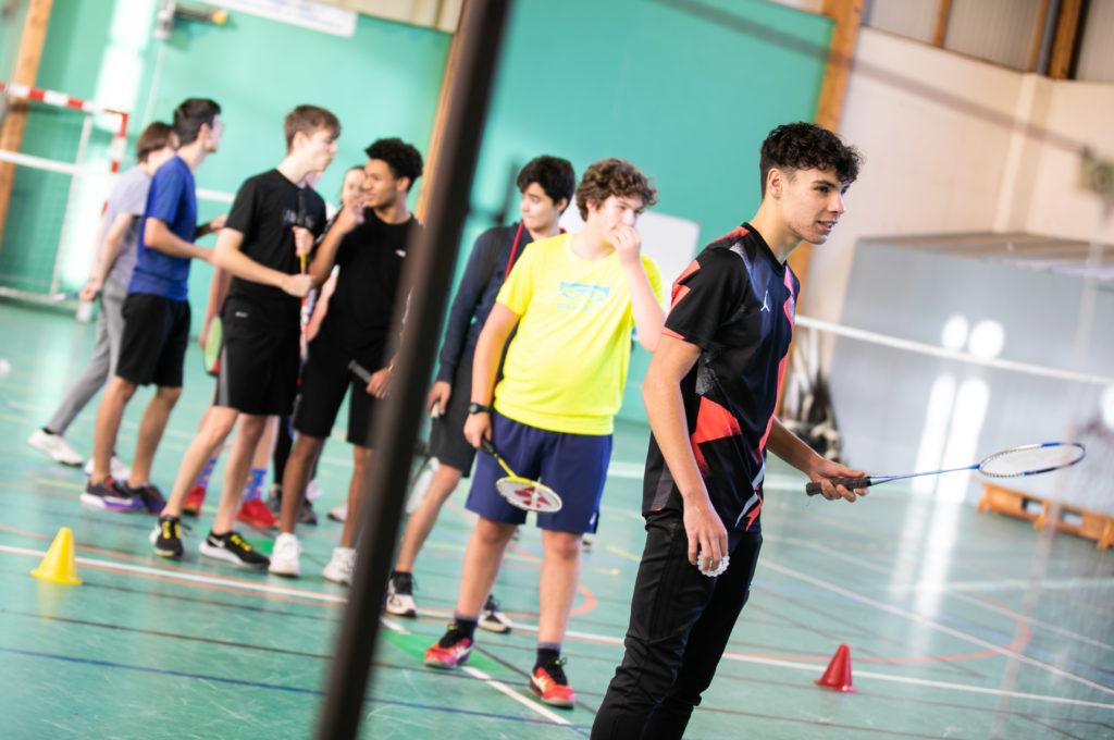 Sport gymnase physique éducation enseignement apprentissage seconde première générale technologique terminale STL STMG lycée Charles de Foucauld Brest Groupe scolaire Estran
